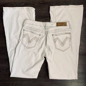 SEVEN 7 Size 31 White Jeans with Flare Legs